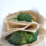 Naleśniki gryczane z brokułem i fetą