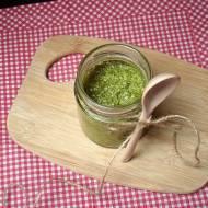 Zielono i wiosennie - pesto z natki marchewki