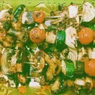 Szaszłyki warzywne z tofu w marynacie słodko-pikantnej na ajvarze