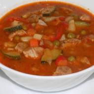 Zupa gulaszowa z warzywami