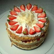 Wielkie zakupy i tort na urodziny. Kokosowo-truskawkowy
