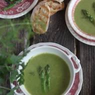 Zupa ze szparagów i szpinaku