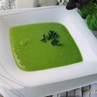 Krem z zielonego groszku z dojrzewającym serem