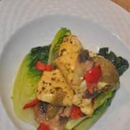 sniadanie do pracy -piers z kurczaka z salata rzymska