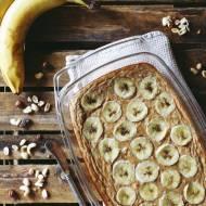 Pieczona owsianka z bananem i cynamonem