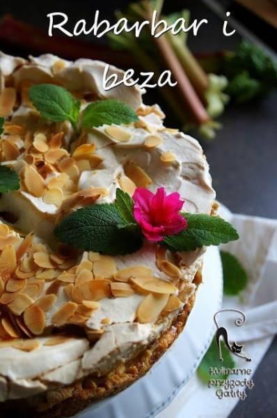 Ciasto rabarbarowe z bezą