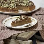Placek czekoladowy z orzechami