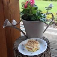 Ciasto rabarbarowe z masą budyniową i kruszonką