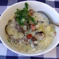 zupa ziemniaczana z grzybami mun...