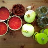 Uniwersalny sos pomidorowy