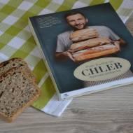 Recenzja książki Piotra Kucharskiego Chleb. Domowa piekarnia.