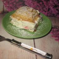 Deser z ciasta francuskiego