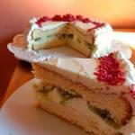 Tort cytrynowo-śmietanowy z kiwi
