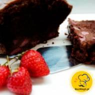 Podwójnie czekoladowe ciasto z truskawkami