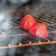 Grillowane truskawki. Jak grillować truskawki? Metody, techniki, przepisy