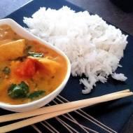 Proste curry z z kurczakiem i mleczkiem kokosowym