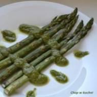 Grillowane szpargle ze pesto (Zielono mi ze szparagami)