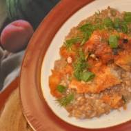 ryba w sosie slodko - kwaśnym na ziarnie orkiszu