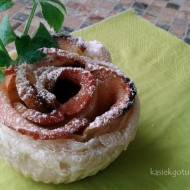 Francuskie różyczki z jabłkami