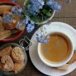 Cantuccini - włoskie ciasteczka z migdałami
