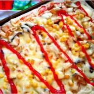 Słoneczna pizza na cebulowym cieście wg mojego męża
