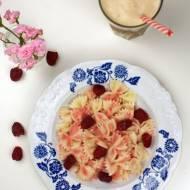 Makaron z musem malinowym (letni obiad)