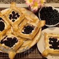 Przepis na Ciastka z Ciasta Francuskiego z Owocami