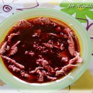 Dietetyczna zupa z młodych warzyw z kurczakiem