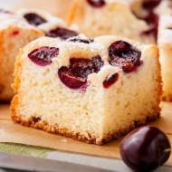 Najłatwiejsze ciasto drożdżowe bez wyrabiania