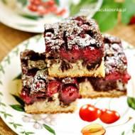 Maślane ciasto z wiśniami