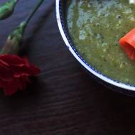 Krem brokułowo-ziemniaczany z łososiem i serkiem
