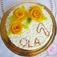 Tort śmietanowo- owocowy