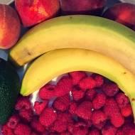 Koktajl z awokado, bananów i malin