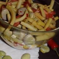 Sałatka z bobem i fasolką szparagową