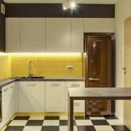 Urządzanie wnętrza kuchni: jaką lodówkę wybrać?