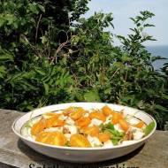 Błyskawiczne piątki - Sałatka z rukolą, kurczakiem i żółtymi pomidorkami koktajlowymi
