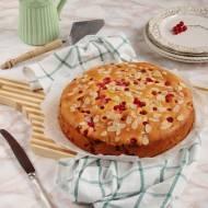 Szybkie ciasto z czerwonymi porzeczkami
