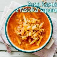 Zupa kapuściana z fasolką szparagową