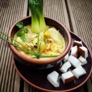 Zupa Tajska  z kapustą Pak Choi i śmietaną kokosowa