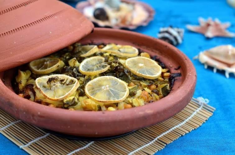 Tagine z kurczaka inspirowany aromatycznym Marokiem