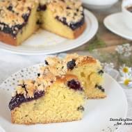 ciasto ucierane z borówkami i kruszonką