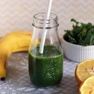 Green Smoothie z jarmużem, bananem i sokiem z pomarańczy