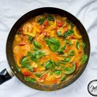 Proste curry tikka masala z krewetkami.