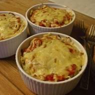 Zapiekany makaron z sosem bolońskim