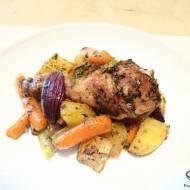 Kurczak jerk po karaibsku z warzywami