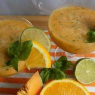 Koktajl pomarańczowo-melonowy z miętą