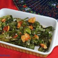 Papryczki Padrón w oliwie z czosnkiem