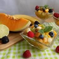 Sałatka z owocami lata