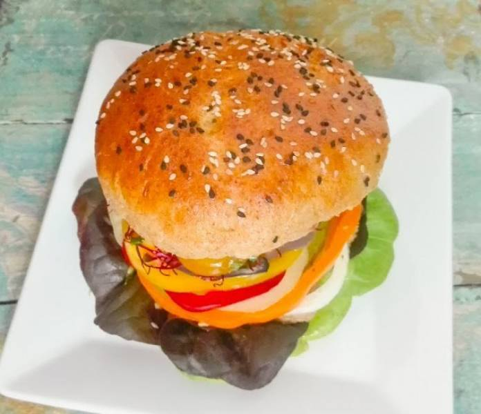 Burger z parowaru