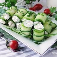 Ogórkowe roladki z nadzieniem serowo warzywnym